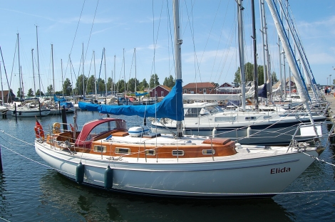 Segelyachten innen  Yachtcharter Ostsee Segelyacht ab 33Fuß